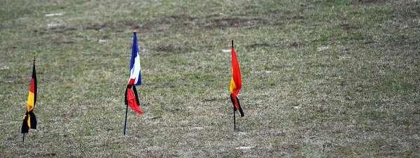 Las-banderas-de-Alemania-Franc_54428450522_51351706917_600_226